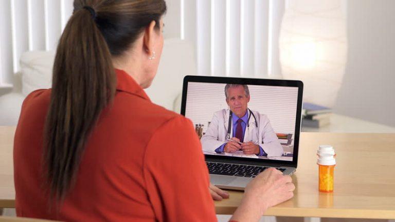 E-consult tussen huisarts en medisch specialist maakt dat patiënt bij huisarts onder behandeling kan blijven